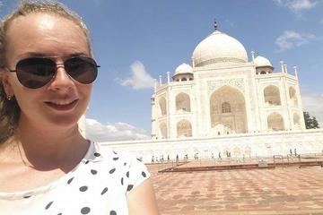 Small Group Tour: Same Day Trip to Agra from Delhi