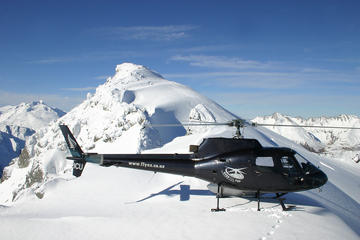 Helicopter Tour with Alpine Snow Landing from Queenstown