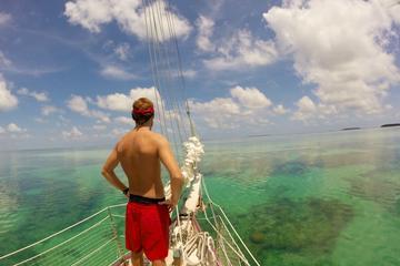 Excursão de aventura na água com tudo...