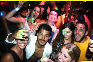 Divertida fiesta en el barco pirata en Malta