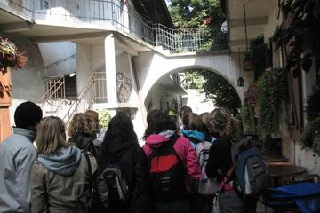 Recorrido a pie para grupos pequeños por el barrio judío de Cracovia