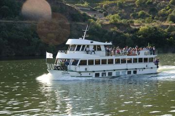 En bateau jusqu'à Régua dans la vallée du Douro avec petit-déjeuner...