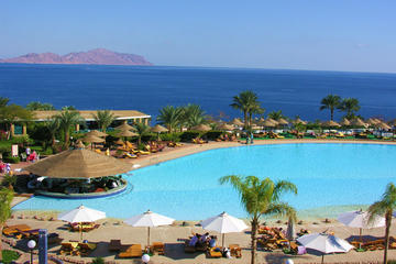 6-Night Luxury Break at the Red Sea from Cairo