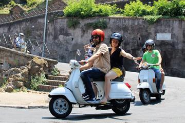 Rome per vintage Vespa: klassieke ...