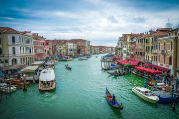 Salzburg to Venice Private Transfer and Sightseeing