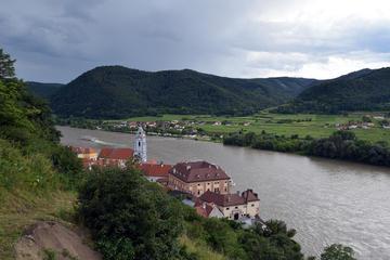 Salzburg to Vienna via the World Heritage Region Wachau