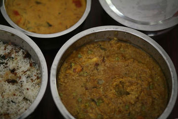 Authentic South Indian Cooking Class and Vegetarian Meal with a Local in Chennai