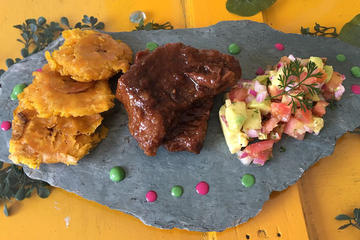 Cooking Lesson and Gourmet Colombian Meal with a Professional Chef in Bogota