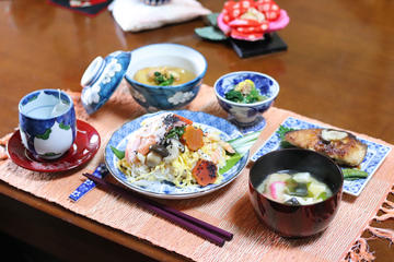 Private Tofu Tour and Japanese Cooking Lesson with a Fun Local in Kyoto