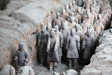 Private Xian Day Tour including round way flights from Beijing:  Terra-Cotta Warriors and Horses- Xian City Wall - the Great Mosque