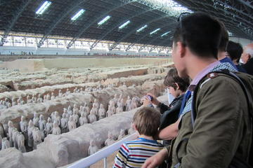 Small Group Xian Day Tour: Terra-Cotta Warriors and Horses-Xian Museum-Small Wild Goose Pagoda