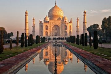 Overnight Agra Tour From Delhi