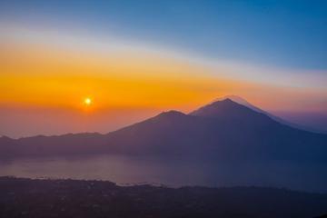 Private Tour: Caldera Sunrise Volcano Trek from Bali