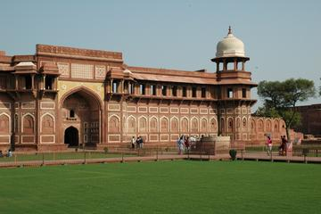 4 Day Flipped Golden Triangle Tour to...