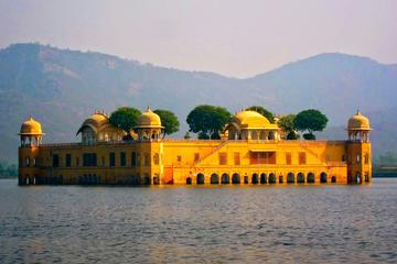 4 Day Golden Triangle Tour to Agra and Jaipur  from Delhi