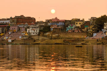 4 Day Khajuraho and Varanasi Private Tour from Delhi