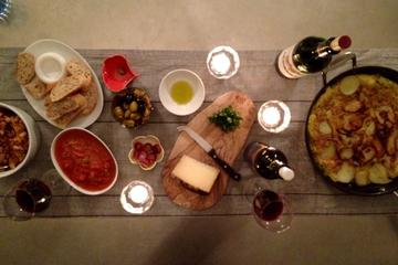 3-hour Lunch or Dinner Experience with a Local Family in Nafplion