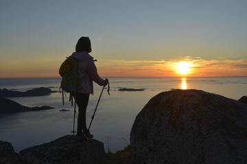 Night Time Hiking Tour from Tromso