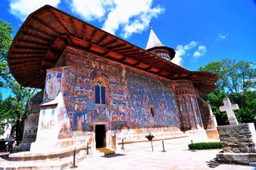 8-Day Transylvania and UNESCO Painted Monasteries from Bucharest