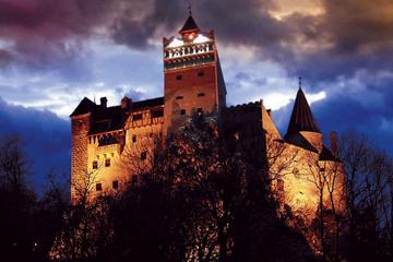 Tour condiviso da Bucarest dei più famosi castelli della Transilvania