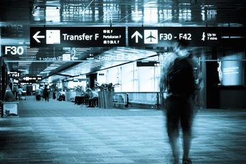 Traslado privado de ida del aeropuerto OTP de Bucarest