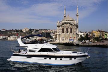 Privado: cruzeiro à noite romântico no Bósforo em seu próprio barco