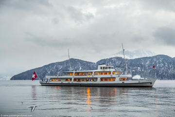 Lucerne Walking and Boat Tour: The Total Swiss Experience
