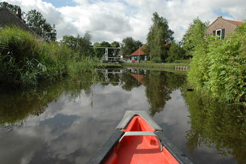 Guided Sunset Canoe Tour and Dinner in Waterland from Amsterdam