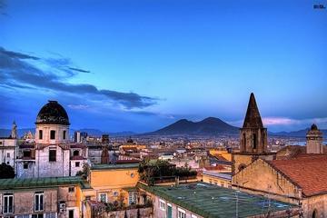 Come, reza y ama Nápoles: Excursión de un día desde Sorrento