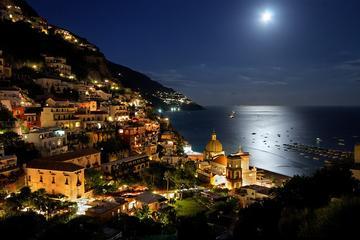 Compras e jantar no Positano: excursão para grupos pequenos saindo de...