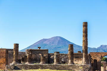 Full-Day Tour of Pompeii and Mount Vesuvius from Sorrento
