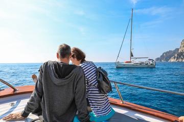 Viagem diurna para a Ilha de Capri, saindo de Nápoles