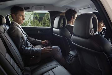 Private transfer from Paris Charles de Gaulle Airport to Paris