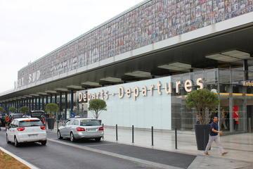Transfert privé au départ de Paris à destination de l'aéroport de...