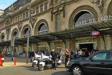 Transfert privé: hôtel de Paris vers n'importe quelle gare...