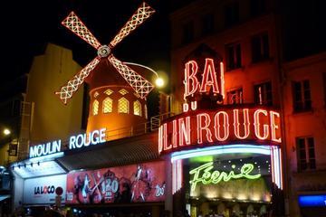 Traslado privado: Ida y vuelta Moulin Rouge