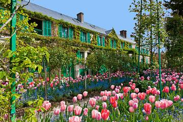 Day Trip Bike Tour of Giverny and Monet's Residence