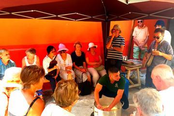 Il cuore della Sardegna: Vivi le tradizioni locali con una famiglia