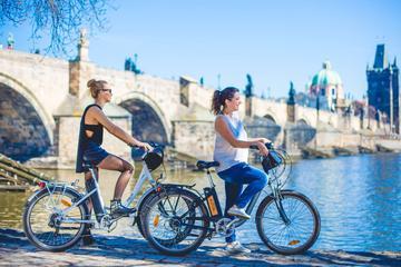 Praga histórica: recorrido en bicicleta eléctrica guiado