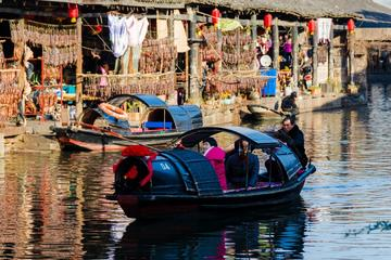 Private day trip to experience the Chinese New Year in Anchang Ancient Town