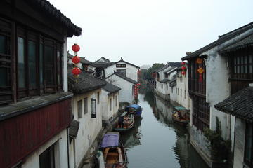 Private Day Trip: Tongli Water Town from Shanghai with Lunch