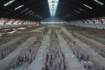 Xi'an Group Tour: Warriors of Qin and Han Dynasties With Evening Show