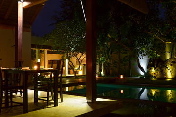 Private 3-Course Candlelight Dinner in Seminyak