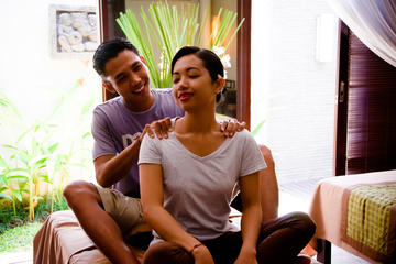 The Art of Touch Massage Class in...