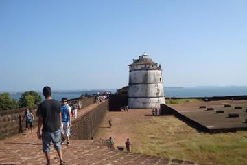 Old Goa Fort Aguada, Reis Magos, Three Beaches Private Tour