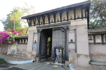 Private Ahmedabad Tour: Calico Musuem...