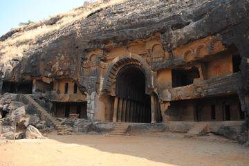 Private Pune Tour: Karla and Bhaja Day Trip