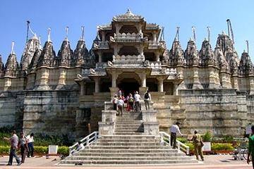 Jain Temple Full-Day Tour from...