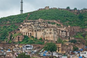 Private Transfer From Udaipur To Bundi