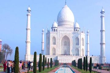 Same Day Taj Mahal & Agra Fort Tour from New Delhi
